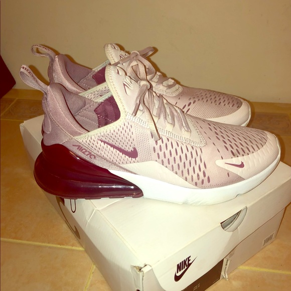 brand new b2c16 d5de1 Nike women's Air Max 270 ...Barely Rose